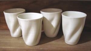 Hånddrejede lattekopper (235 kr.)